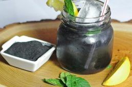 Activated Charcoal Detox Lemonade