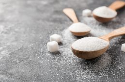 How to Detox From Sugar: The Ultimate Guide